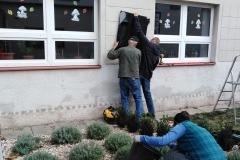 Sobortní montáž označení školní budovy